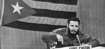 Fidel Castro: NATO, Rusya'ya karşı yok etme savaşı başlatmak istiyor