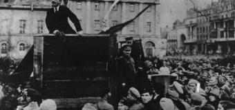 Vladimir Lenin Devrim Programı'nı açıkladı: Sosyalizm zafer kazanmalı